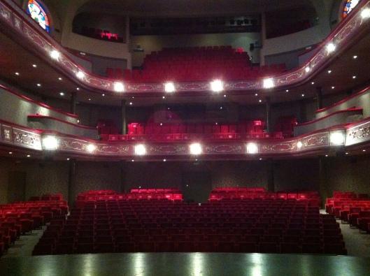 ERFGOEDDAG KORTRIJK 2013 (Journée du Patrimoine de Courtrai) - Théâtre : La salle depuis la scène - Schouwburg Kortrijk - 21 avril 2013 © Frédérick Sully