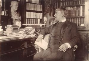 """""""Mounet-Sully dans son cabinet de travail en 1908"""" - Photographie de Paul Marsan dit Dornac"""
