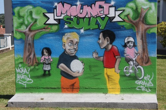 SAINT-ASTIER - Ecole Mounet-Sully - Le Mur de Mas et Moka © Christian Lacombe